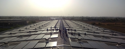 Des panneaux solaires de micro précision