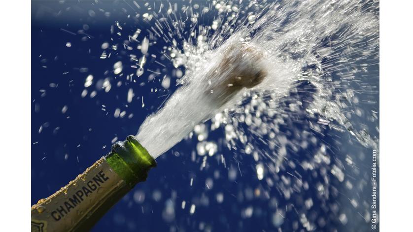 bouteille de champagne qui explose